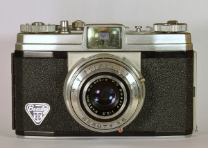 Vintage Beauty Cameras - Beauty 35 viewfinder camera