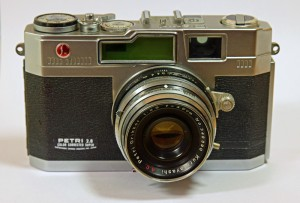 Vintage Petri rangefinder camera, with f2.8 'color corrected' lens